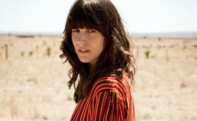 Eleanor Friedberger (Image via http://www.eleanorfriedberger.com)